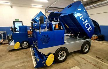 Ледозаливочный комбайн для катков до 1200 м² n-ICE M12000 Electric